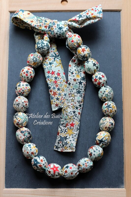 11_COLLIER_BOULES_LIBERTY_ADELADJA_MULTICOLORE