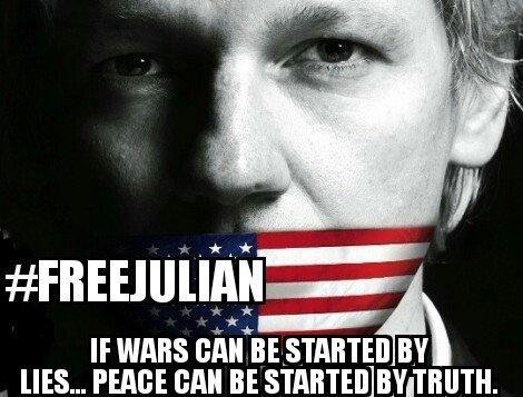 Cette communauté des personnes menacées par Assange forme une classe, une classe qui se serre les coudes.