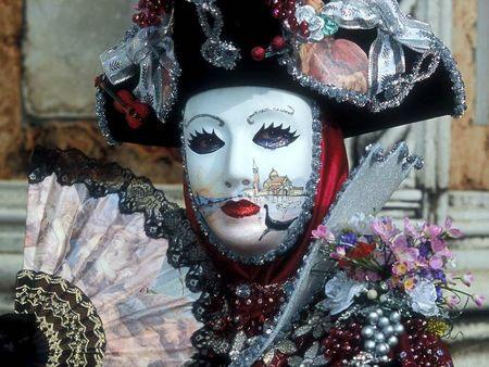 large_Carnaval-de-Venise-1024x768_11abe6