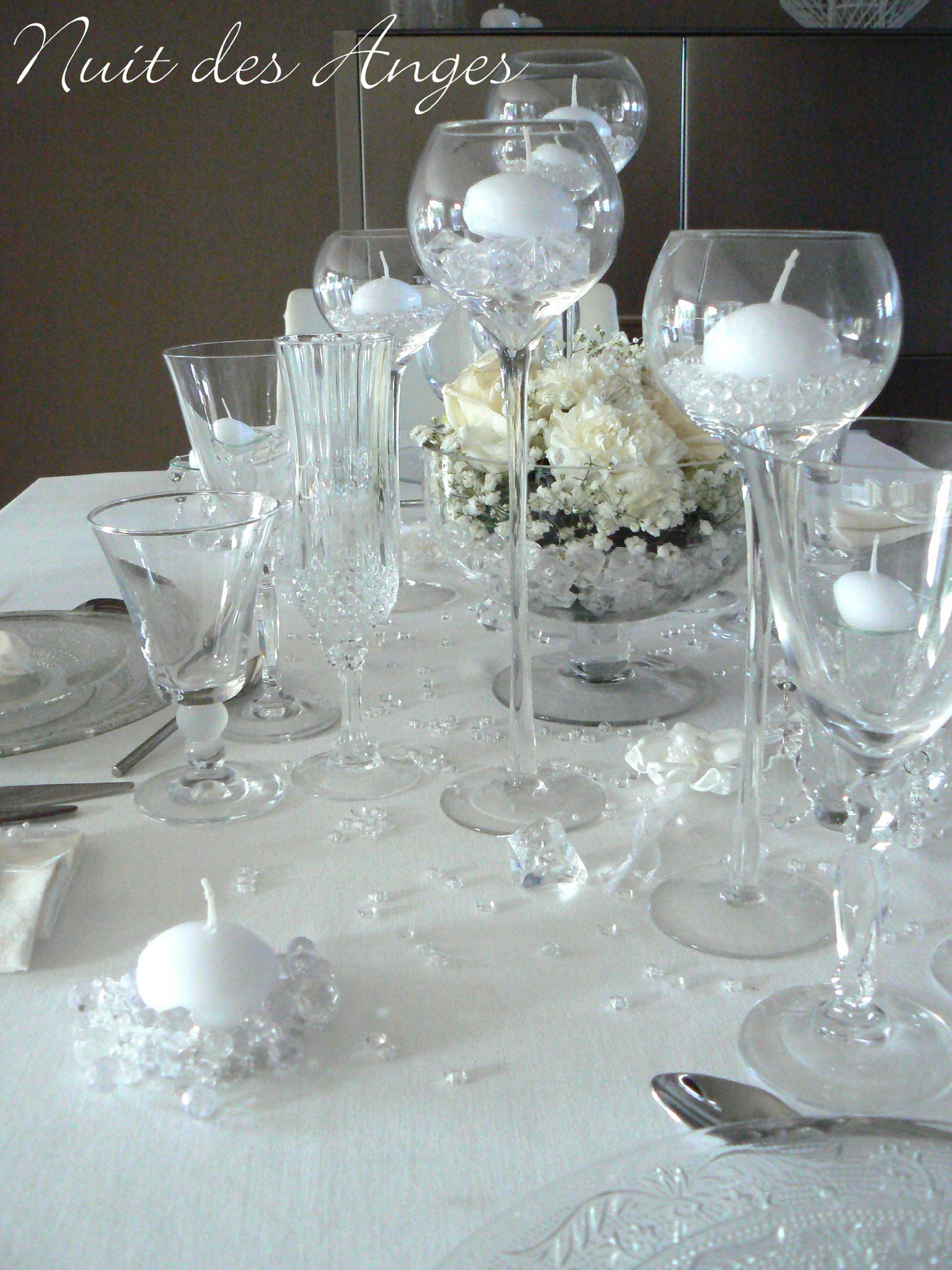 Nuit des anges décoratrice de mariage décoration de table blanc pur ...