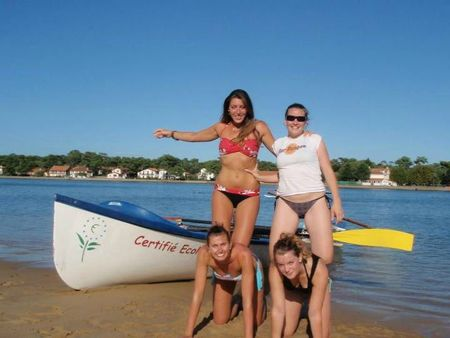 2011 SURFBOAT 22