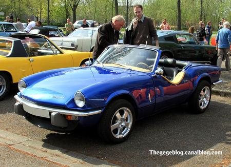Triumph_spitefire_4_convertible__Retrorencard_avril_2011__01