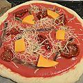 Pizza aux anchois et tomates séchées