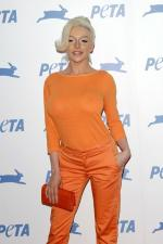 mmlook-Courtney_Stodden-2015-PETA-1