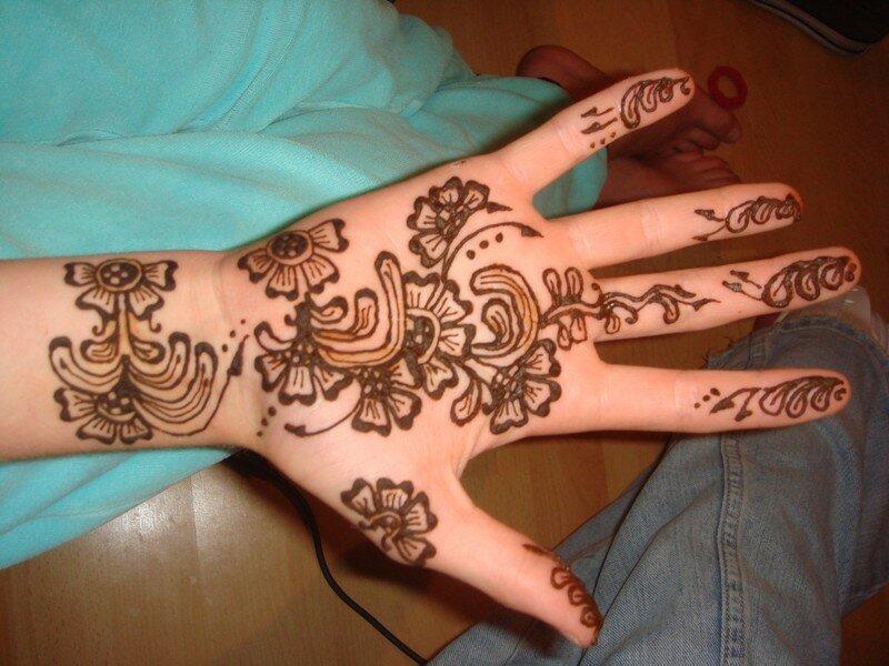 Fleurs main mes cr ations au h nn - Dessin henne main facile ...