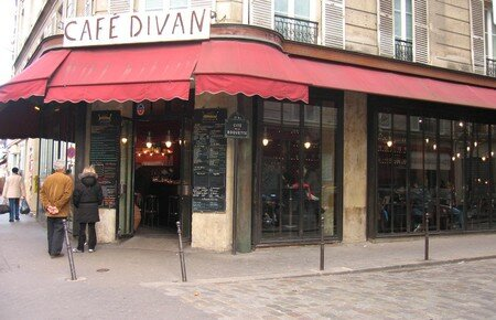Apartment of 35 sqm in bastille marais for Cafe divan 75011