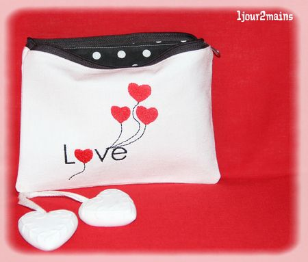trousse coeur love