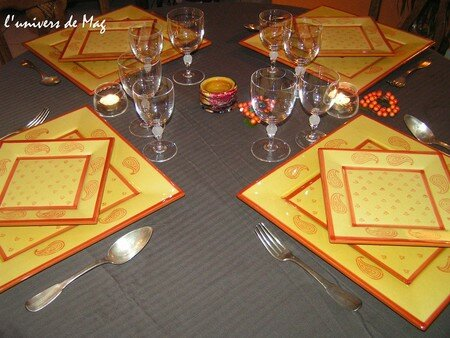 table_marron_jaune_009