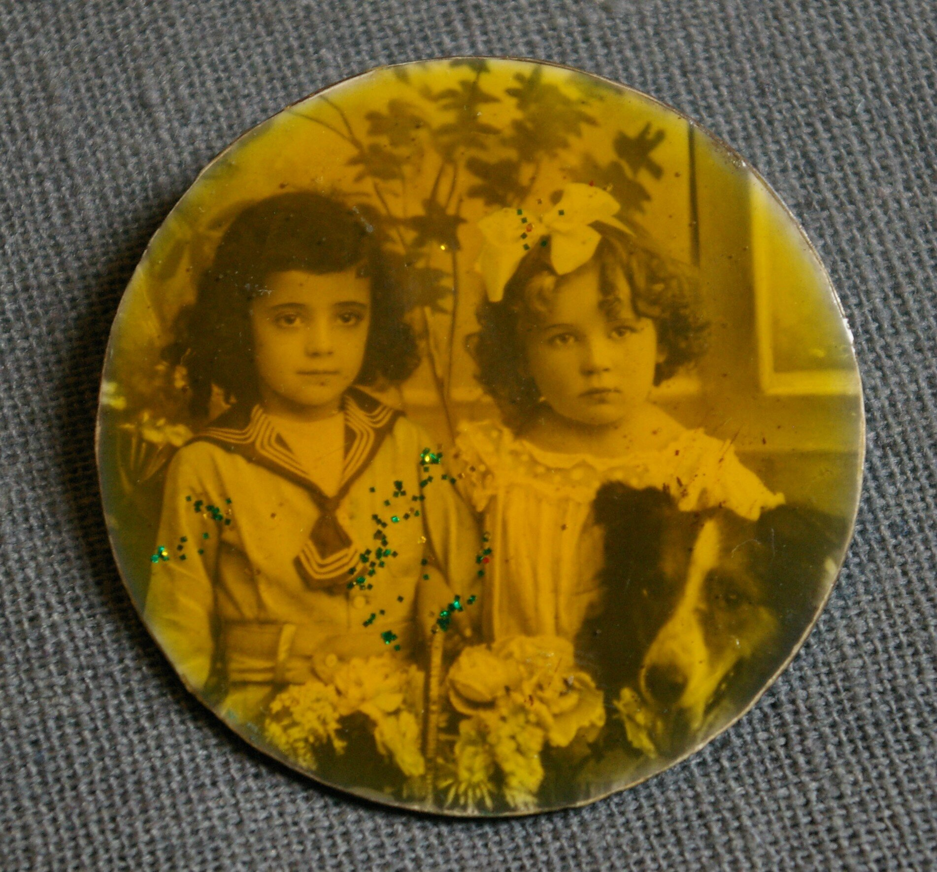 "Broche vintage ""photo girls"""