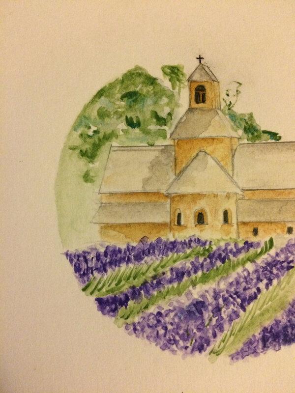 détail de l'église perdue dans la lavande