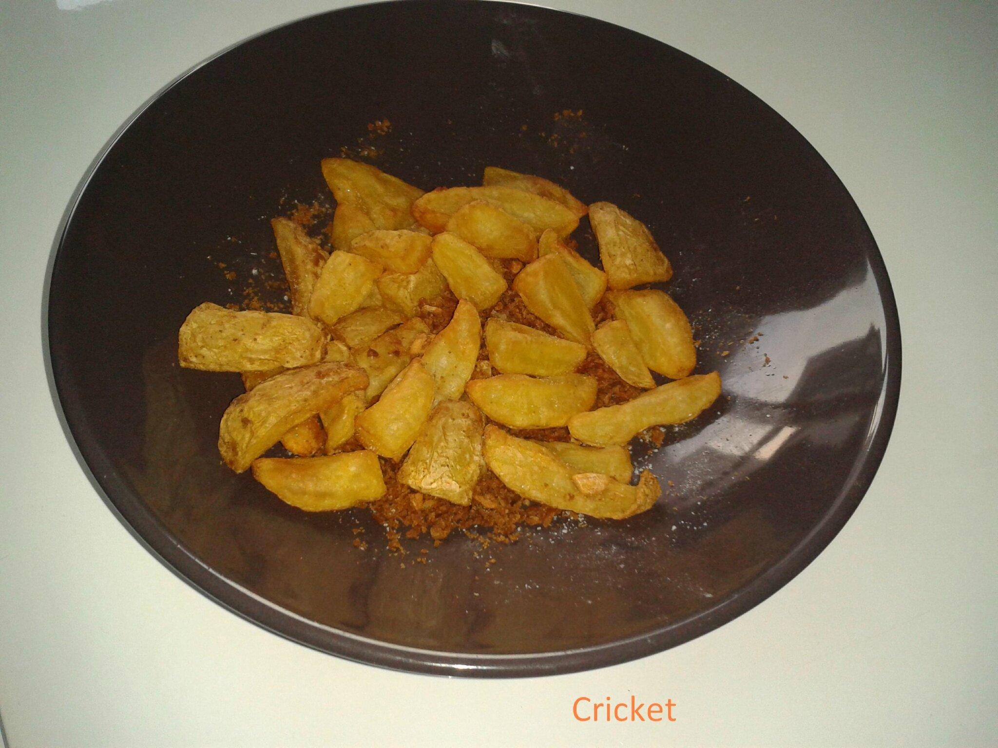 potatoes au paprika la friteuse actifry les gourmandises d 39 un cricket. Black Bedroom Furniture Sets. Home Design Ideas