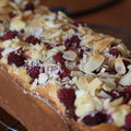 Cake ricotta, amandes et framboises d'Eryn