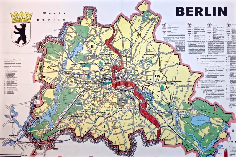 berlin-germany-at-wall-map