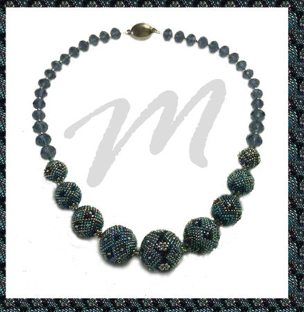 Collar_BB_s_Azul_2