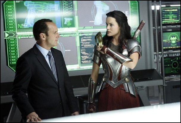Agents_of_SHIELD_01