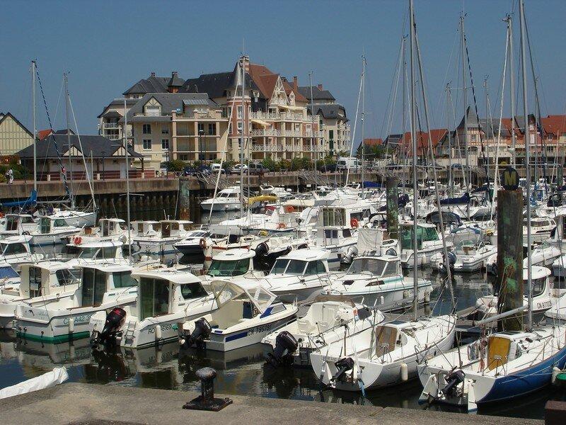 Port-Guillaume, le port de plaisance.