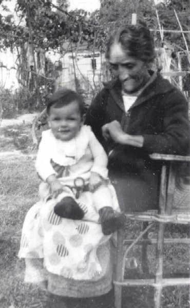 0002-1 Josette,et sa Grd-Mère Lausy