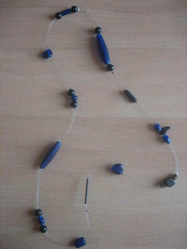 Sautoir Noir et Bleu 003