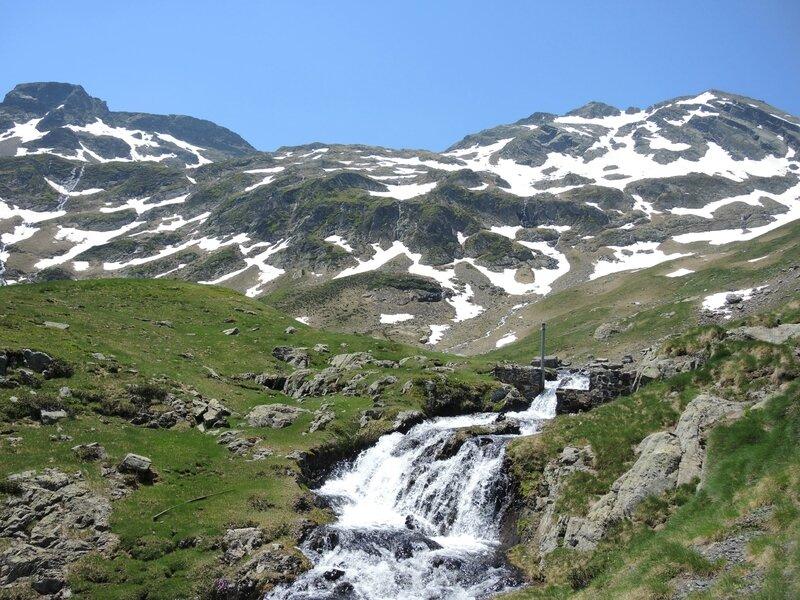 Gourette, S, Les trois Lacs, arrivée au lac d'Anglas (64)