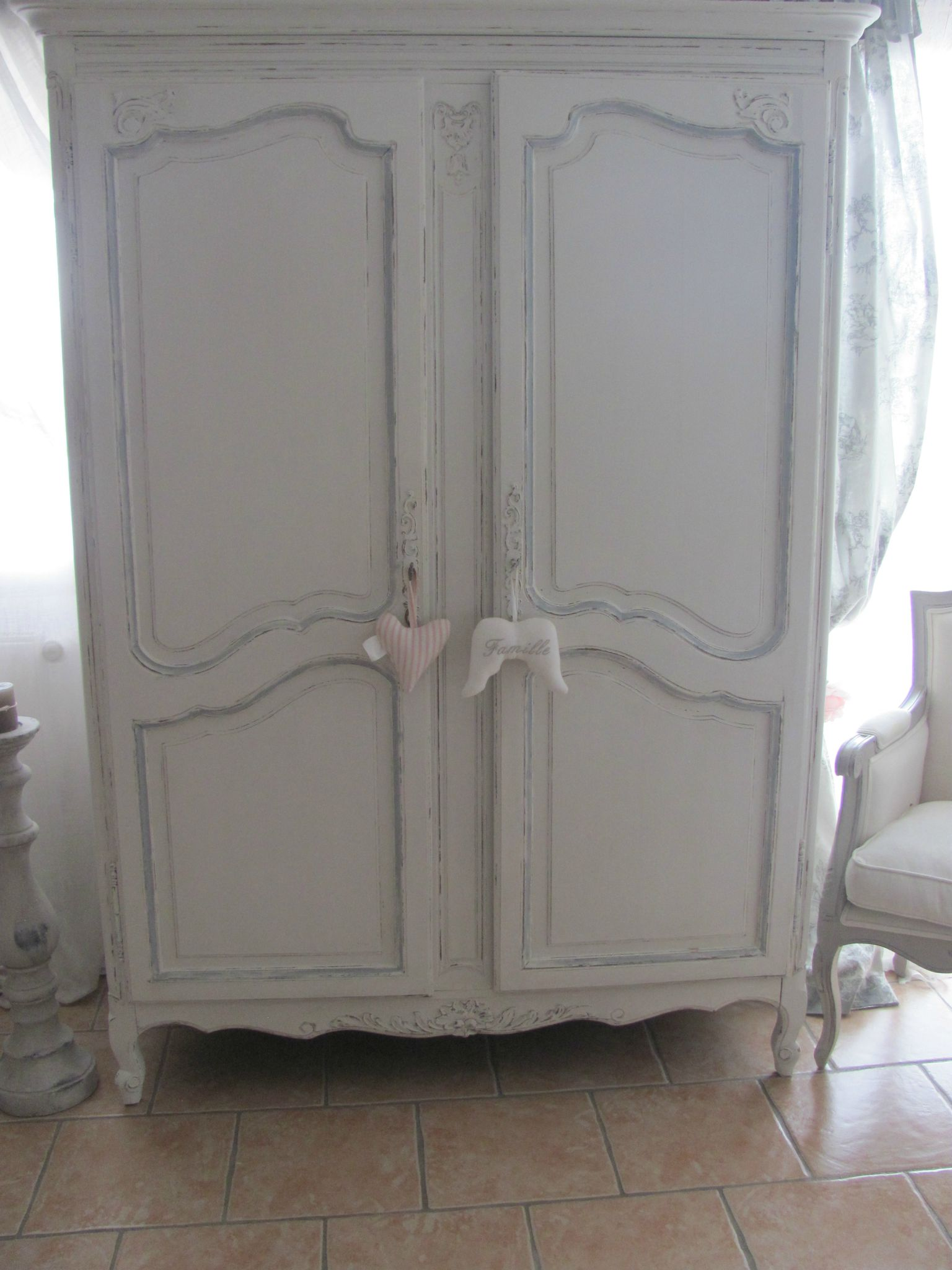Armoire louis xv louise patine for Salle de bain louis xv