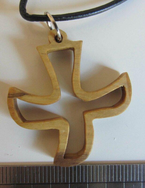 Collier Croix de Taizé