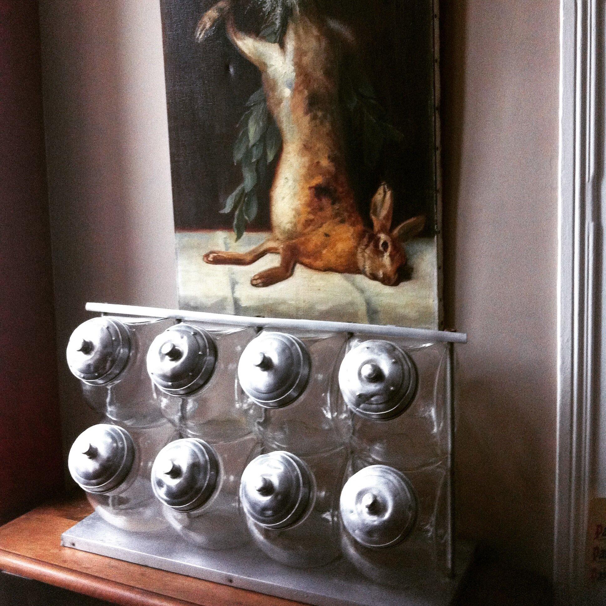presentoir d 39 picerie baucis et phil mon. Black Bedroom Furniture Sets. Home Design Ideas