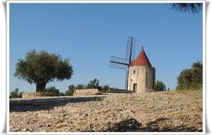 moulinBaux de provence moulin2012-06-17 16-42-04