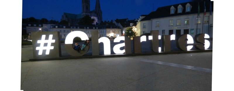 #-Chartres