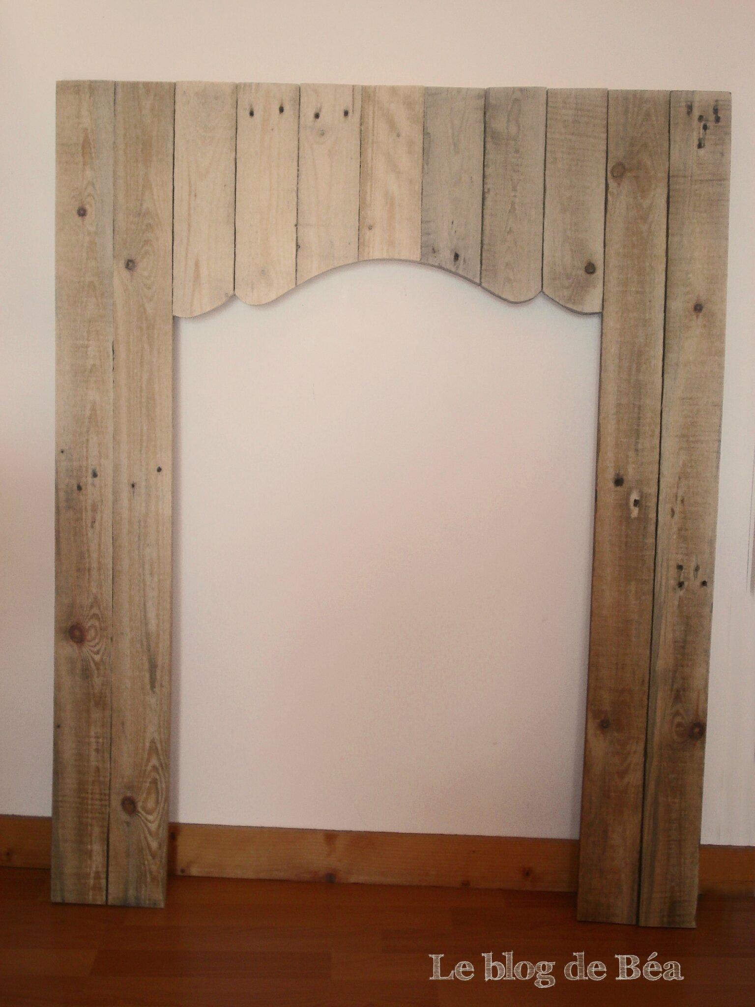 Bois de palette toutes les photos sur bois de palette for Fausse cheminee decorative en bois