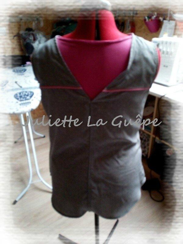 back is back gris à pois passepoils rose3