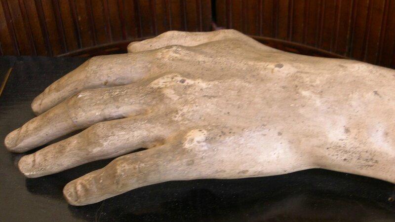 Poznan moule main gauche Musée Instruments de Musique - Copie