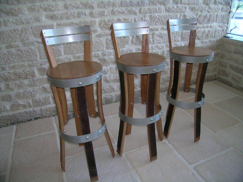 finition acajou,chaise de bar, chaise haute de bar, tabouret de bar, chaise de cuisine, chaise haute cuisine, chaise de comptoir,douelledereve,barrique champagne,douelle champagne