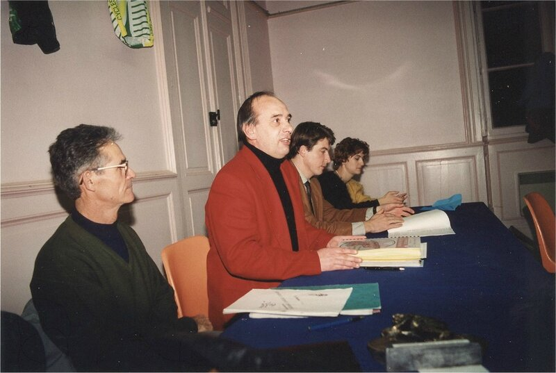 1993 AG