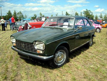 Peugeot_204_coup___4_me_F_te_Autor_tro__tang_d__Ohnenheim__01