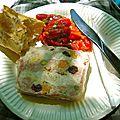 Terrine de poulet aux olives vertes - abricots secs - caneberges et pistaches