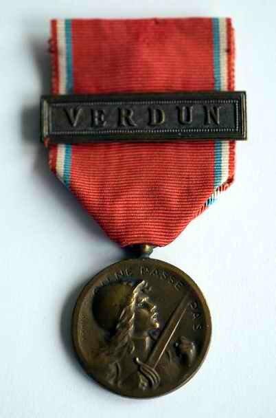 Médaille Verdun3