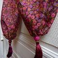 écharpe à pompons