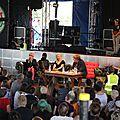Le quotidien the guardian partenaire & animateur du glastonbury festival 2015