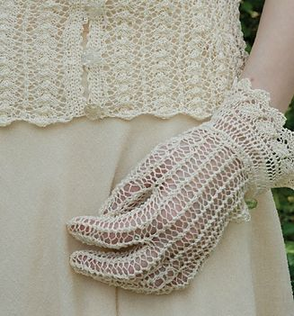 Lace_Gloves_medium