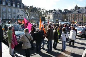 Avranches 1er mai 2012 rassemblement intersyndical place Littré parking