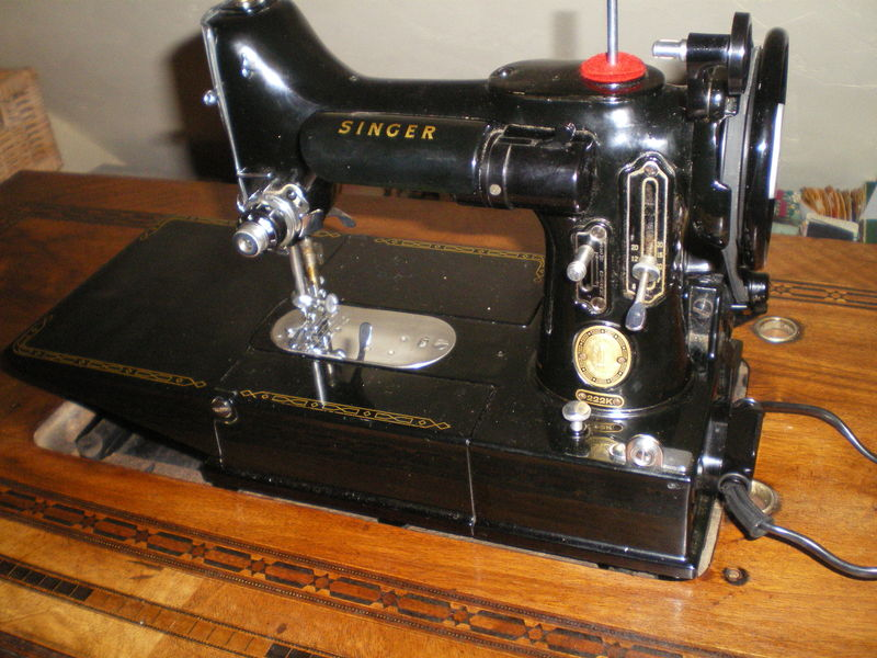 singer machine coudre 1950 pictures to pin on pinterest