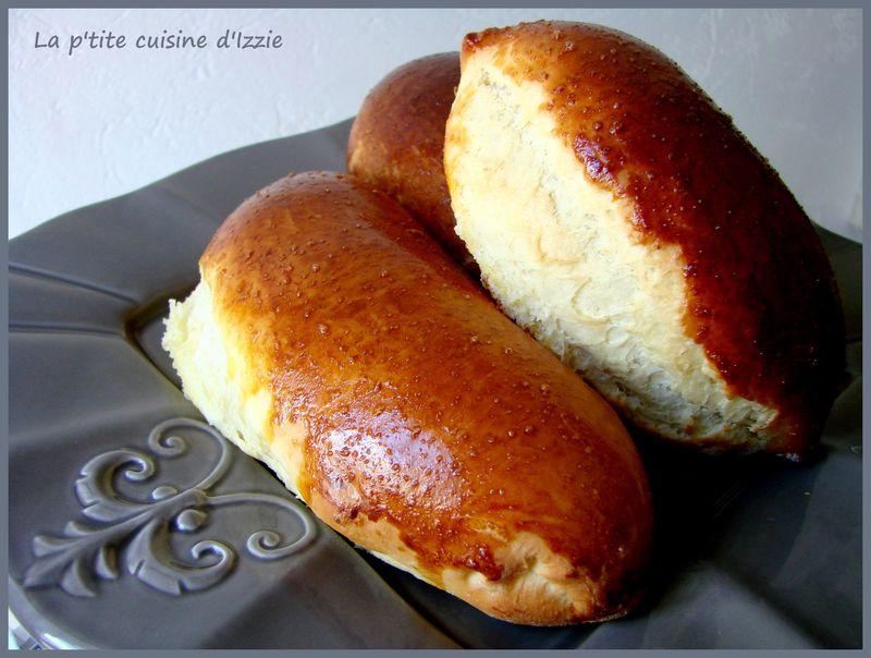 La recette de pain au lait la p 39 tite cuisine d 39 izzie - Pain au lait recette ...