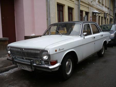 GAZ_Volga_M24_Moscou__1_