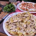Pizzas à La Toscane, avril 2010. Le top ! En terrasse de plus !
