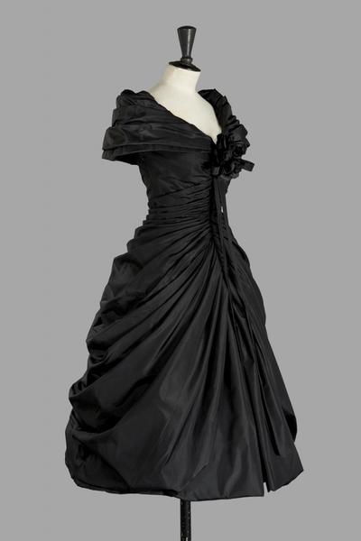 christian-dior-haute-couture-1957-modele-zerline-1370252521355277