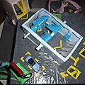 garage de voiture fait en papier mache (3)