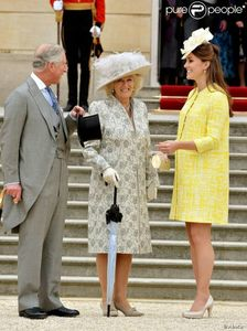 1135127-the-prince-of-wales-the-duchess-of-620x0-1