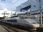 180px_TGV_train_in_Rennes_station_DSC08944