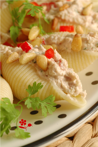 Conchiglie farcis Ricotta, thon, poivron, tomate sche_3