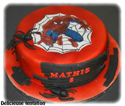 gateau spiderman 30